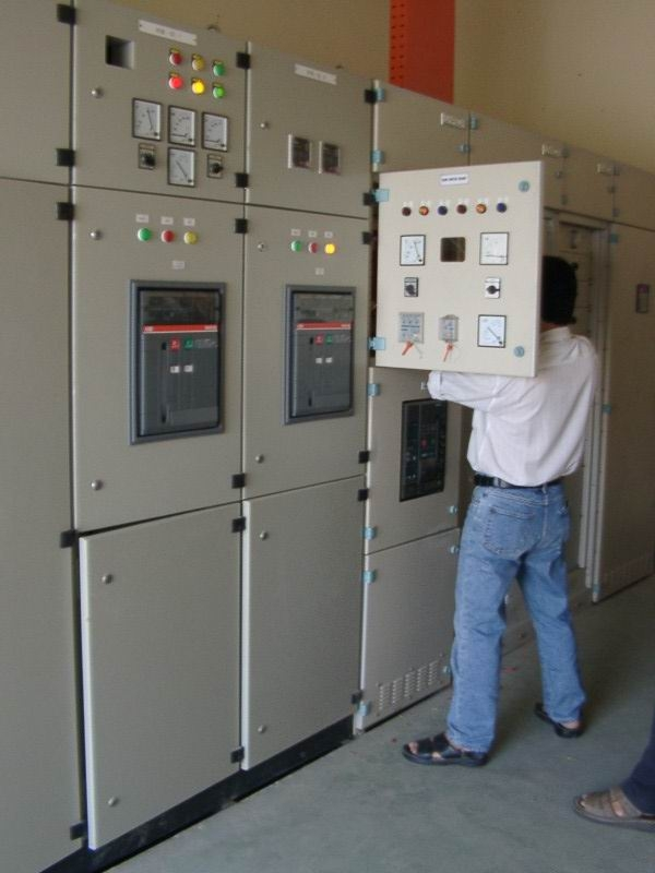 Công ty thi công hệ thống điện dân dụng và công nghiệp